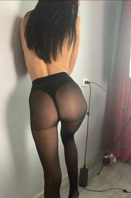 Юля - секс с развратной моделью в Ялте